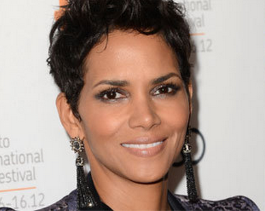 "Halle Berry is playing the role of a white woman in new film titled ""Cloud Atlas"""