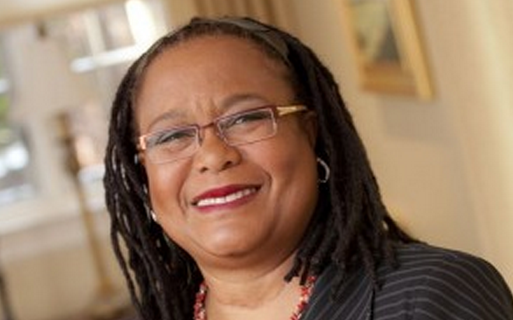 Evelyn Hammonds is the first African-American dean at Harvard College. She will be retiring from her role following an email scandal.