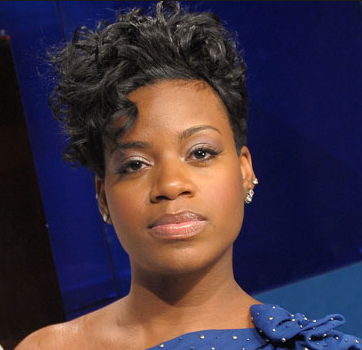Fantasia goes off on a woman for talking about her niece.