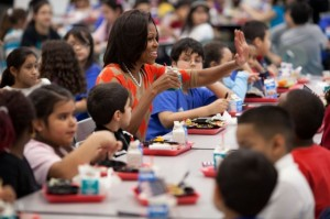 Republicans in Congress are pushing to allow schools to opt out of selecting Michelle Obamas healthy school lunches. www.naturallymoi.com