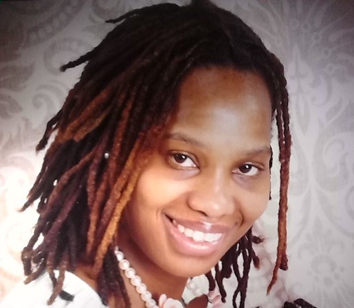 Courtney Cooke was found sht to deth in her car asks family to take care of one year old daughter Ivy. www.naturallymoi.com